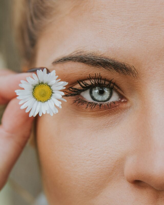 photo macro oeil de femme
