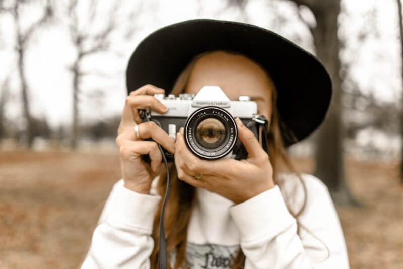 comment bien tenir son appareil photo